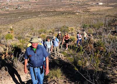NEA_3360-7x5-Hikers