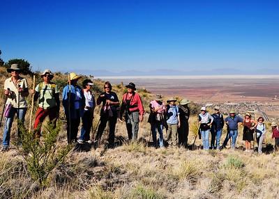 NEA_3393-7x5-Hikers