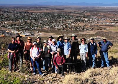 NEA_3385-7x5-Hikers