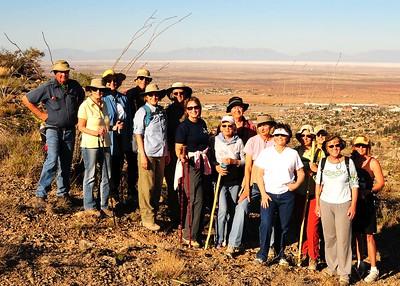 NEA_3374-7x5-Hikers