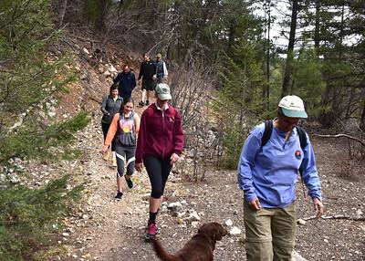 NEA_1196-7x5-Hikers