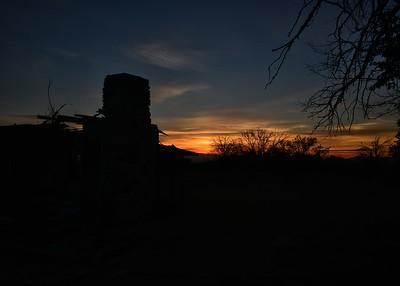 NEA_2320-7x5-Sunrise over old house