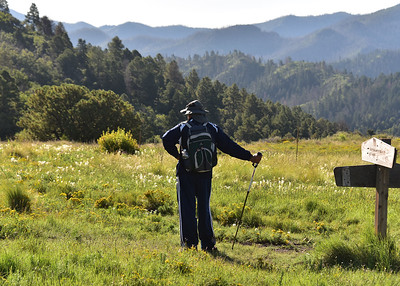 NEA_0403-7x5-Hiker Argentina Canyon