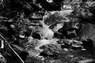 NEA_3246-6x4-waterfall-BW