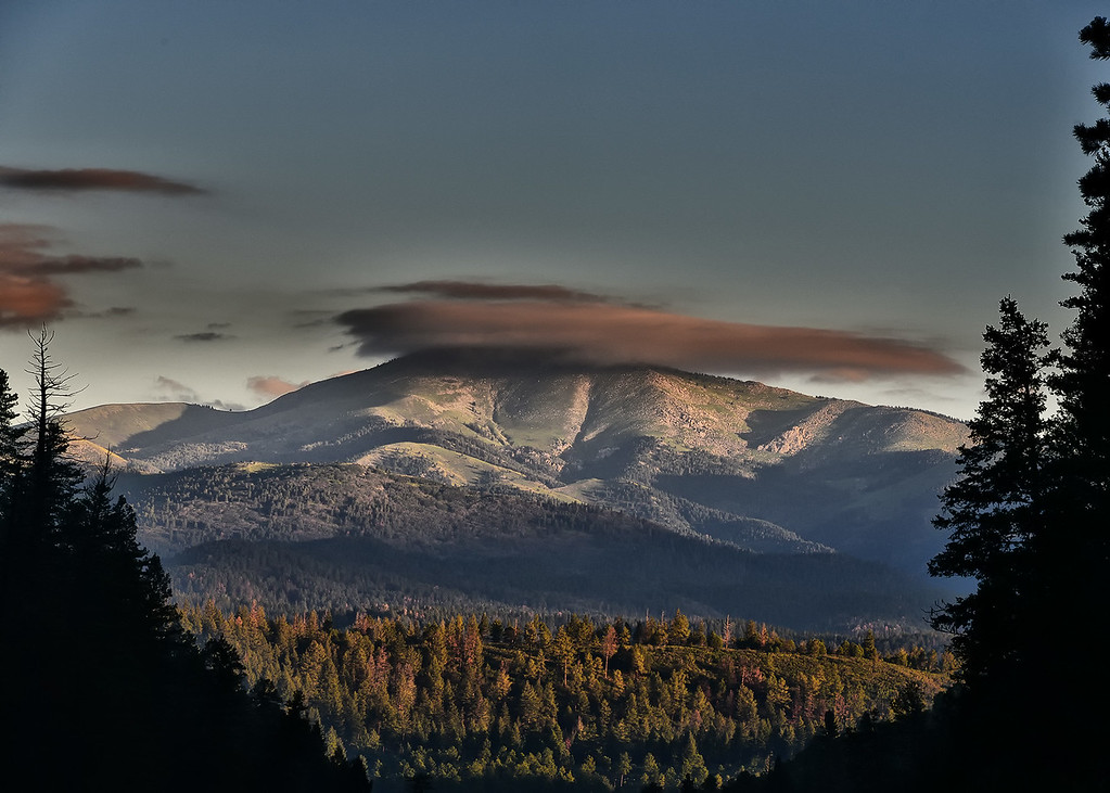NEA_8848-7x5-Cloud Over Sierra Blanca