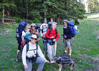 PEU_4667-7x5-Hikers