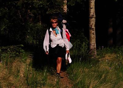 PEU_4660-7x5-Hikers