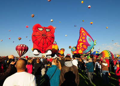 NEA_5181-7x5-Balloons