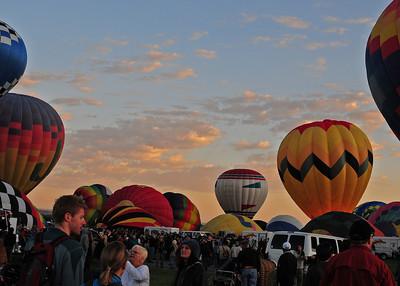 NEA_4888-7x5-Balloons