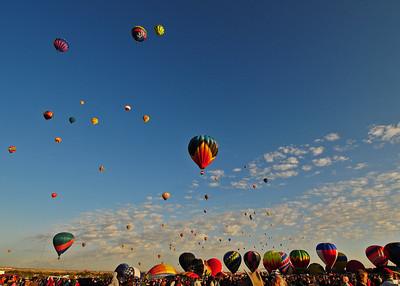 NEA_5065-7x5-Balloons