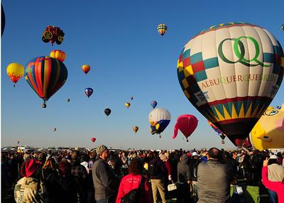 NEA_5134-7x5-Balloons