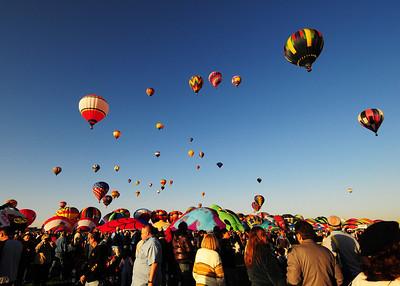 NEA_5080-7x5-Balloons