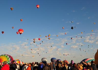 NEA_5128-7x5-Balloons