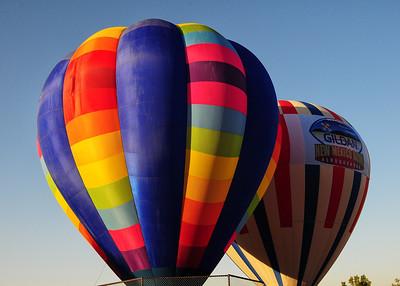 NEA_4527-7x5-2 balloons