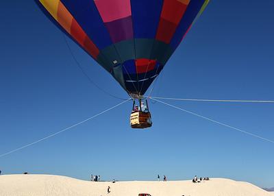 NEA_1035-7x5-Ann-EM-Balloon