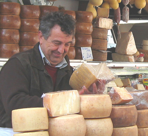 IT 2 Cheese Vendor