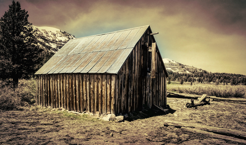 Meiss Cabin and Ranch in Meiss Meadow- Vintage Version