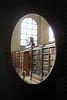 MI 1 Oval Door