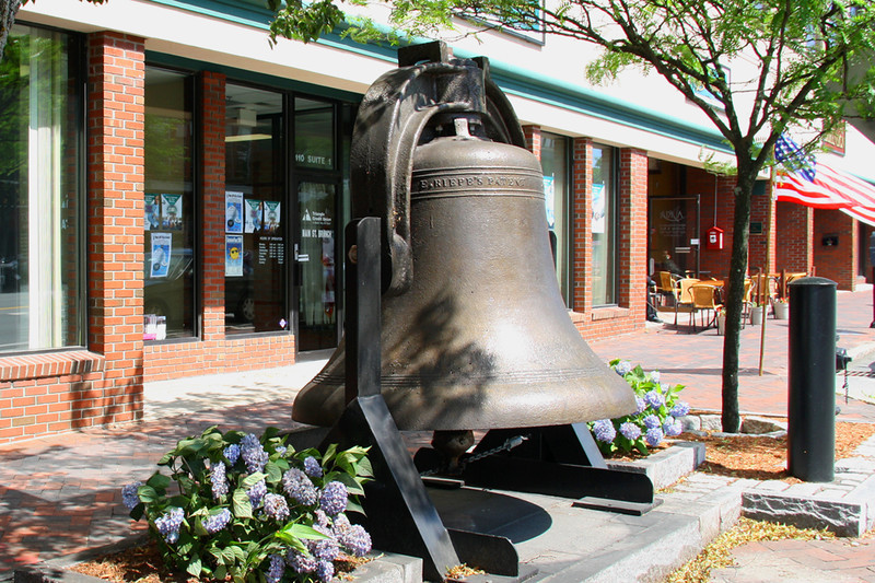 NA 40 Old City Hall Bell