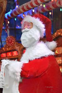NYC Holiday Windows-Macy's Santa