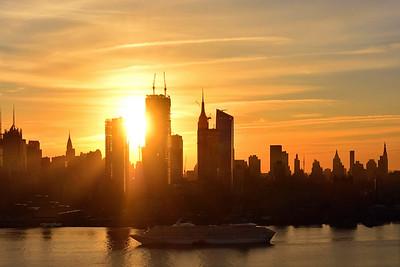 NYC-Sunrise Cruise Arrival