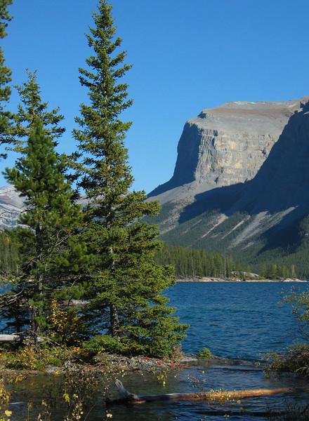 Lake Minnewanka<br /> Banff National Park, Alberta, Canada