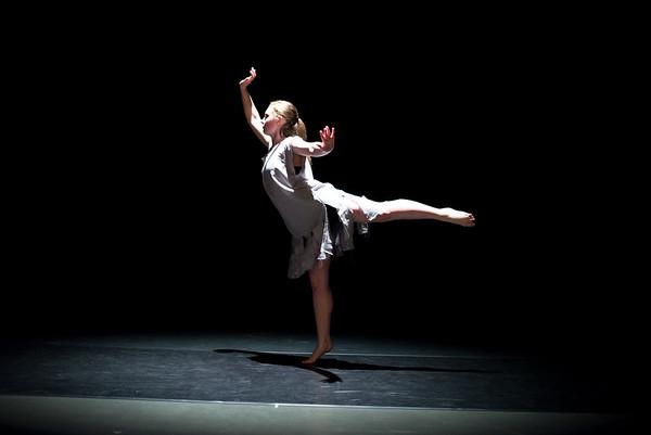 Dance Senior Thesis 2017