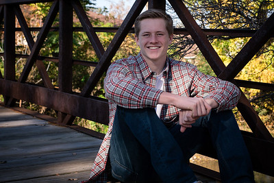 2016 Hegseth Senior Pics 6