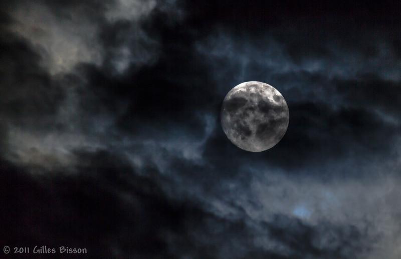 Moon, Aug 11 2011,Belleville