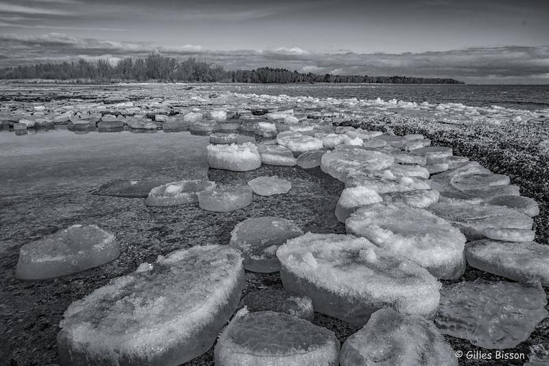 Ice, Presqu'ile Provincial Park, Owens Point, February 2 2016, Canon 6D, 1/125,F14,ISO160