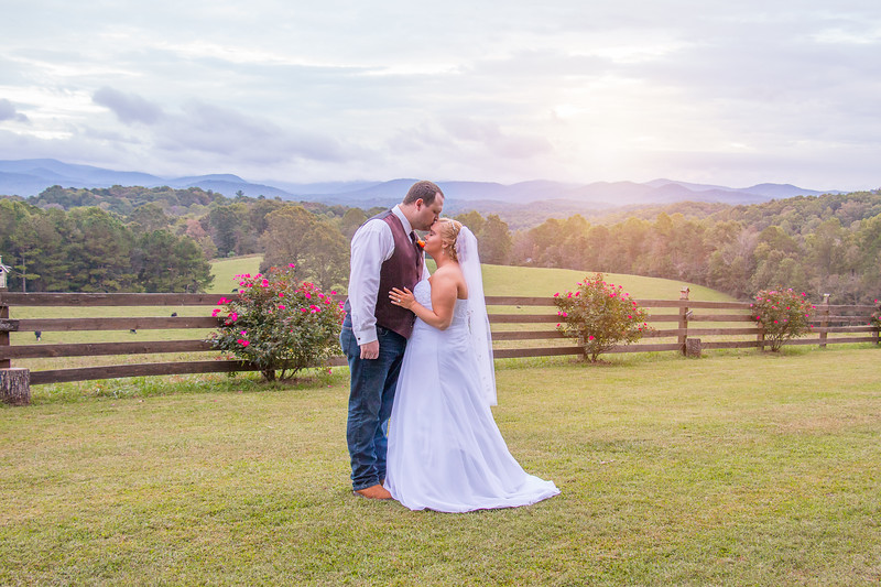 Cass-Wedding-Formal-Photographs-Summit-Farm-Ellijay-Polly-Bouker-Photography (75 of 93)