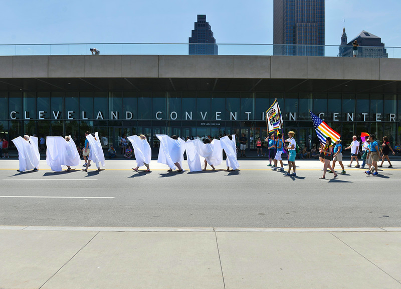 Pride Parade Cleveland 2014 37 Small.jpg