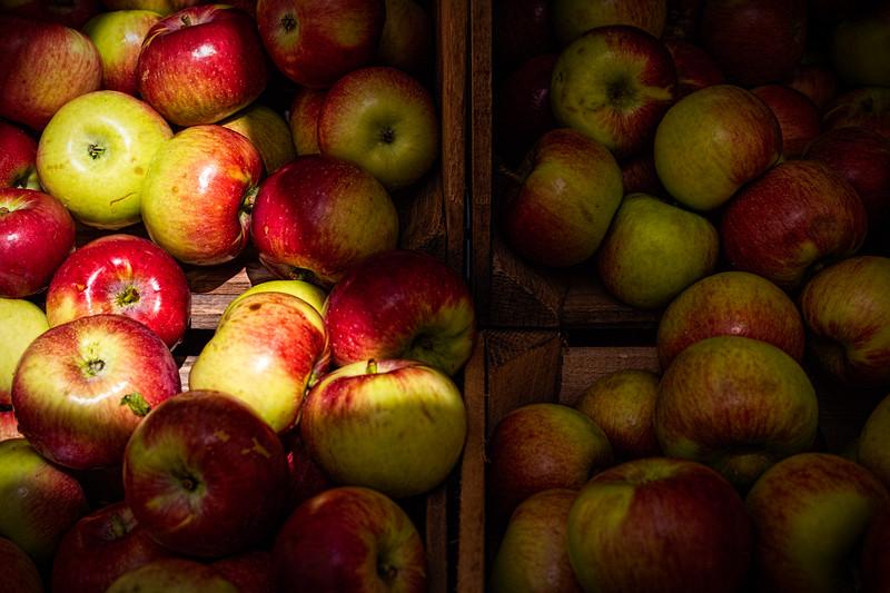 Apple Crate 1