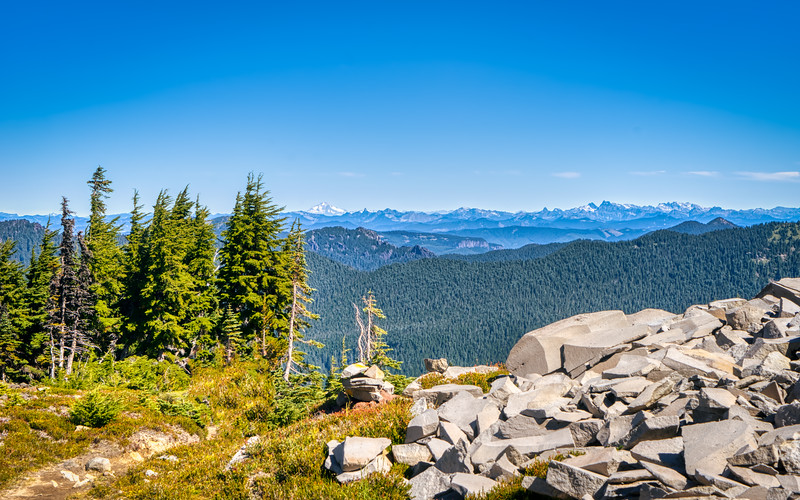 Glacier Peak and the North Cascades