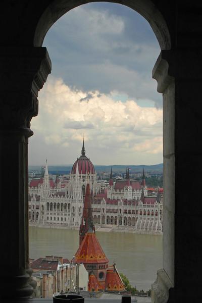 SC 243 Hungarian Parliament