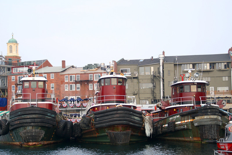 SC 98 Three Tugboats