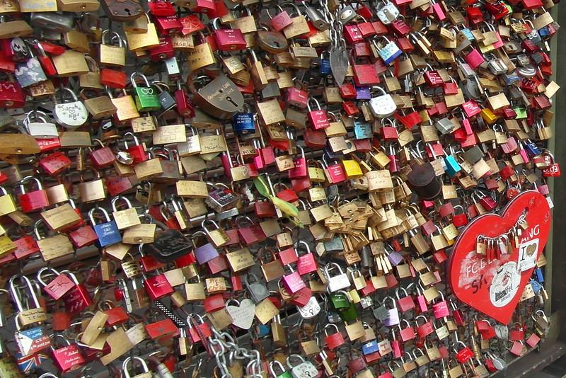 SC 228 Love Locks Cologne