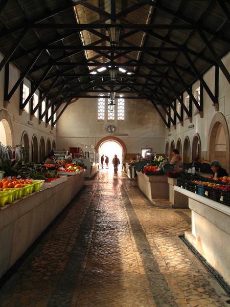 SC 207 Farmers Market in Silves