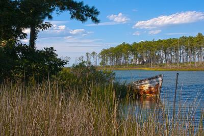 rusty boat 1