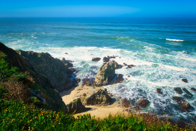 Looking down at the Pacific Ocean from Tomales Point