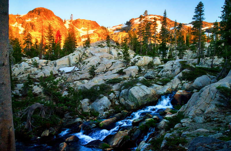 Sunset over the Black Buttes and 5 Lakes Basin