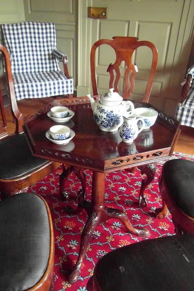 TS 6 Wordsworth Tea Table