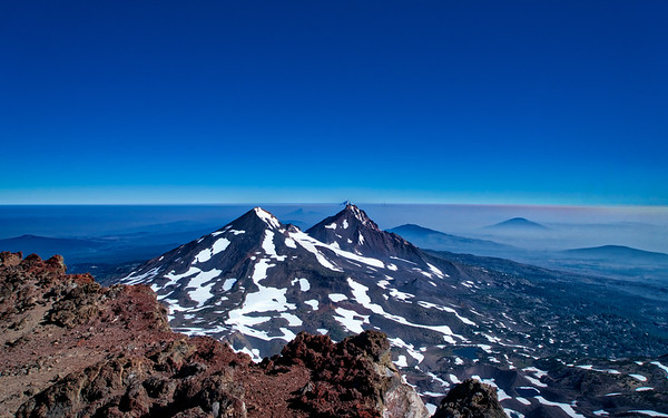 Middle Sister, South Sister, Mt. Washington, Mt Jefferson, and Mt. Hood from the South Sister