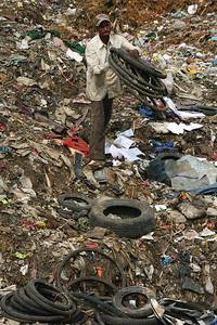 Uruli Landfill  Photo by Julian Luckham