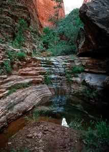 00057_s_r13akk2ej4e0057-5x7-Side Canyon