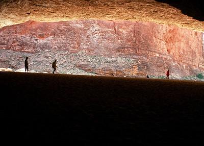 00050_s_r13akk2ej4e0050-7x5-Cavern Entrance
