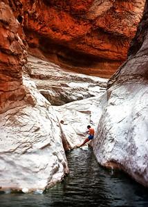 00039_s_r13akk2ej4e0039-7x5-Garnd Canyon