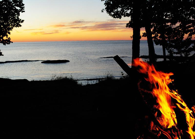 PSP_0595-7x5-Sunset in fire light