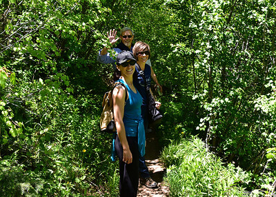 NEA_3601-7x5-Hikers