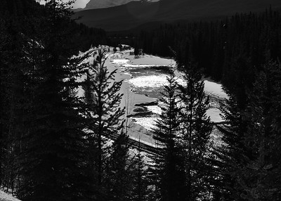 NEA_0795-7x5-River-BW